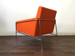 Arne Jacobsen 3300 chair