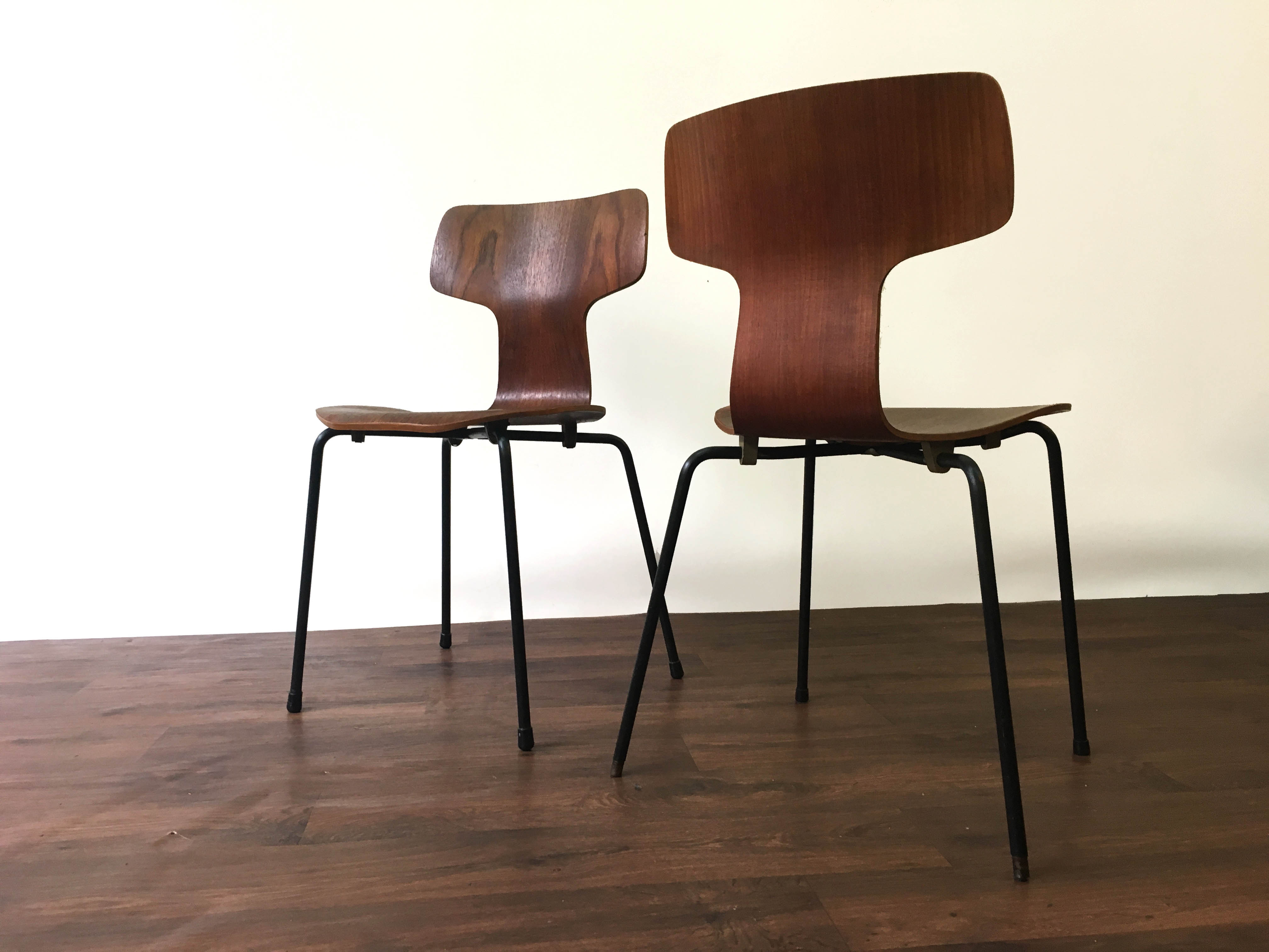 3103 chairs
