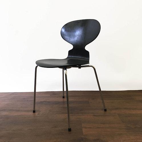Arne Jacobsen 3100 Ant Chair