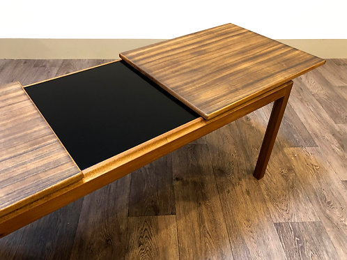 McIntosh extendable coffee table