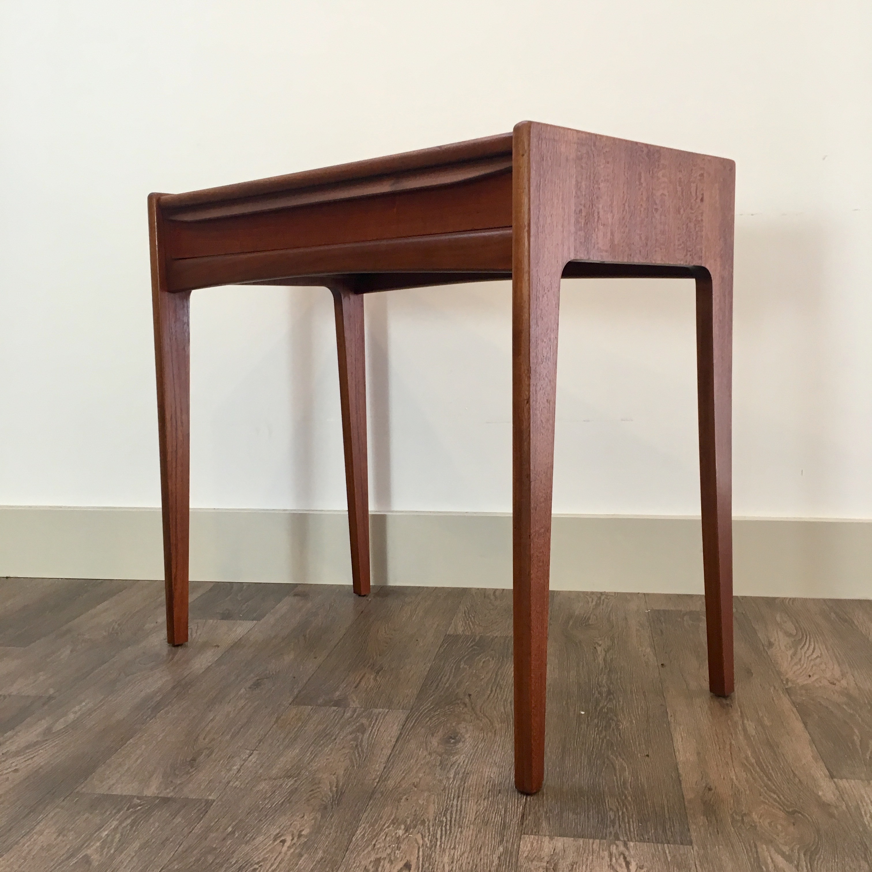 Younger Console Table