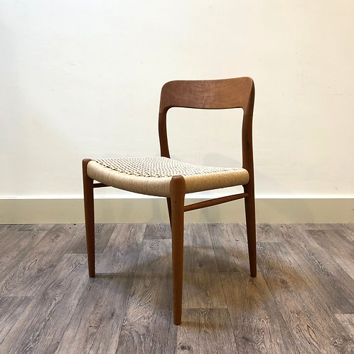 Niels Otto Moller chair