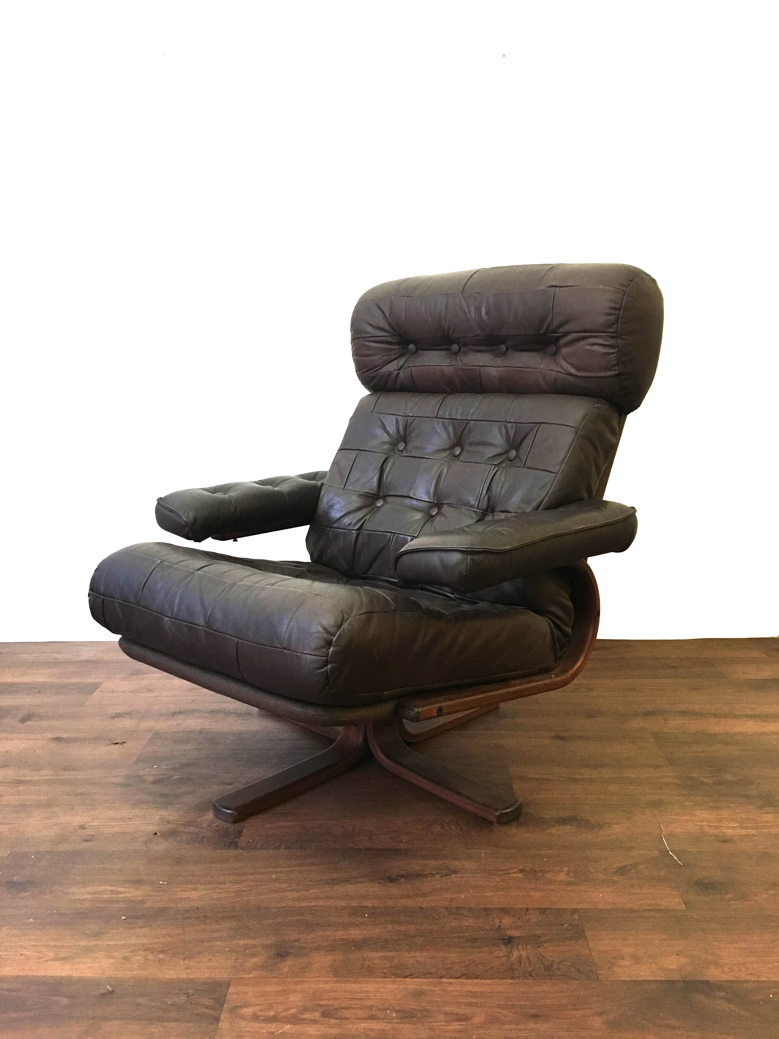Danish Nisbo Chair