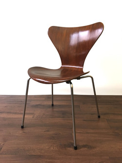 Fritz Hansen 3107 Chairs