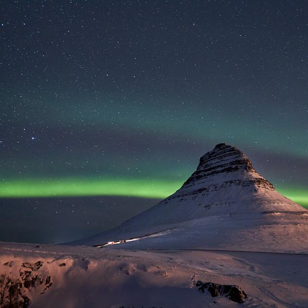 Islanda aurora boreale kirkjufell.jpg