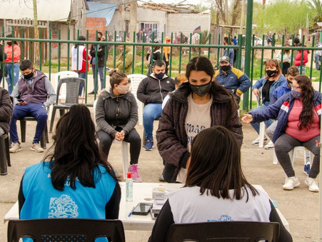 Más de un centenar de vecinos se vacunó en San Cayetano