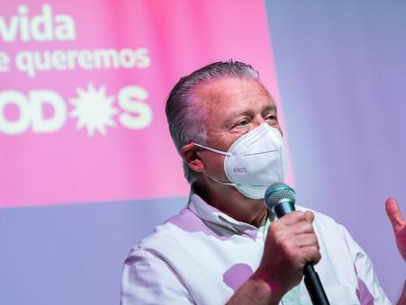 Rubén Romano convocó a profesionales a trabajar en proyectos para la ciudad