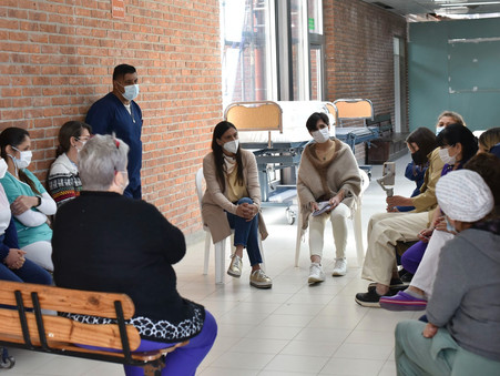 Elisa Abella se reunió con personal de enfermería del hospital y los CAPS