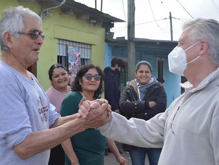 Romano suma propuestas y recoge reclamos en los barrios
