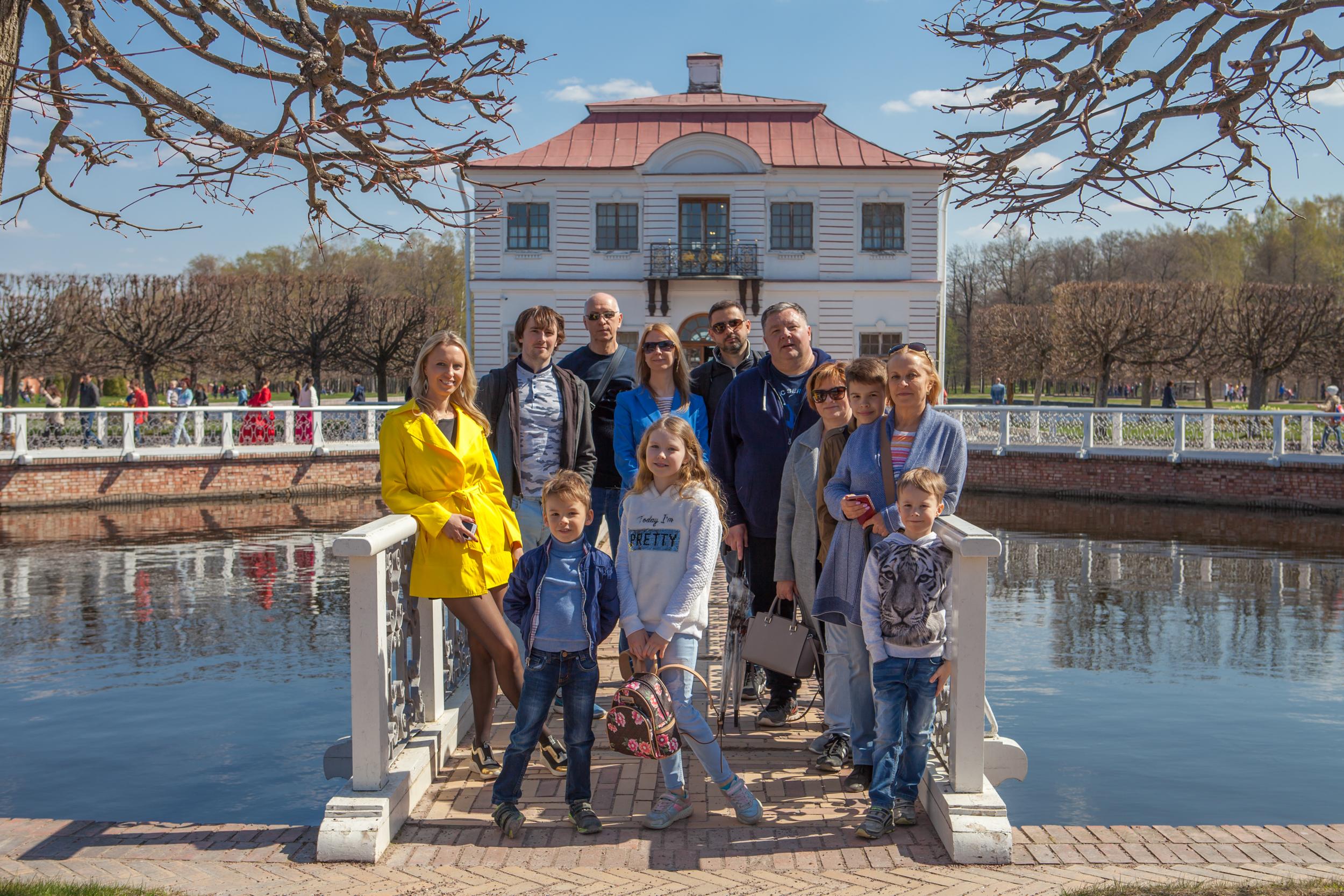 Peterhof photo stroll