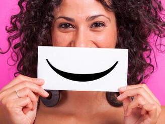 Comunicación y sonrisa. Lograr acompañar a nuestros Adultos Mayores con gestos humanos.
