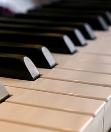 piano-3447281_1920.jpg