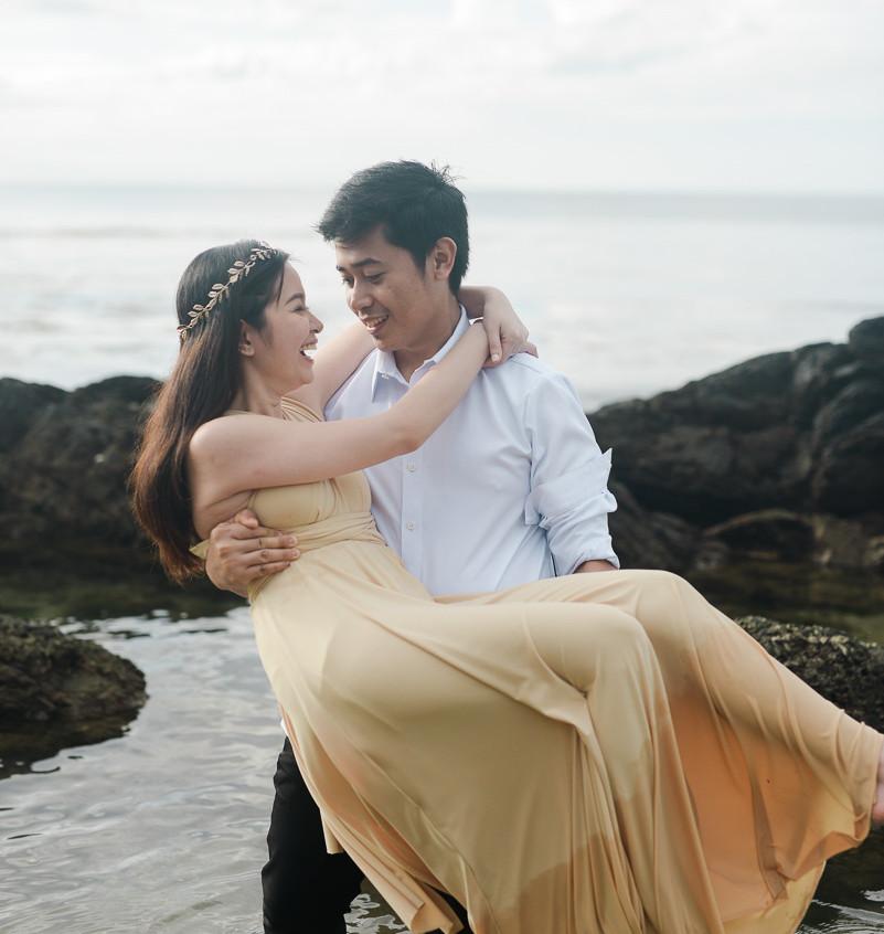 EmmanLyka-Engagement-Palawan-dyancollophoto-138
