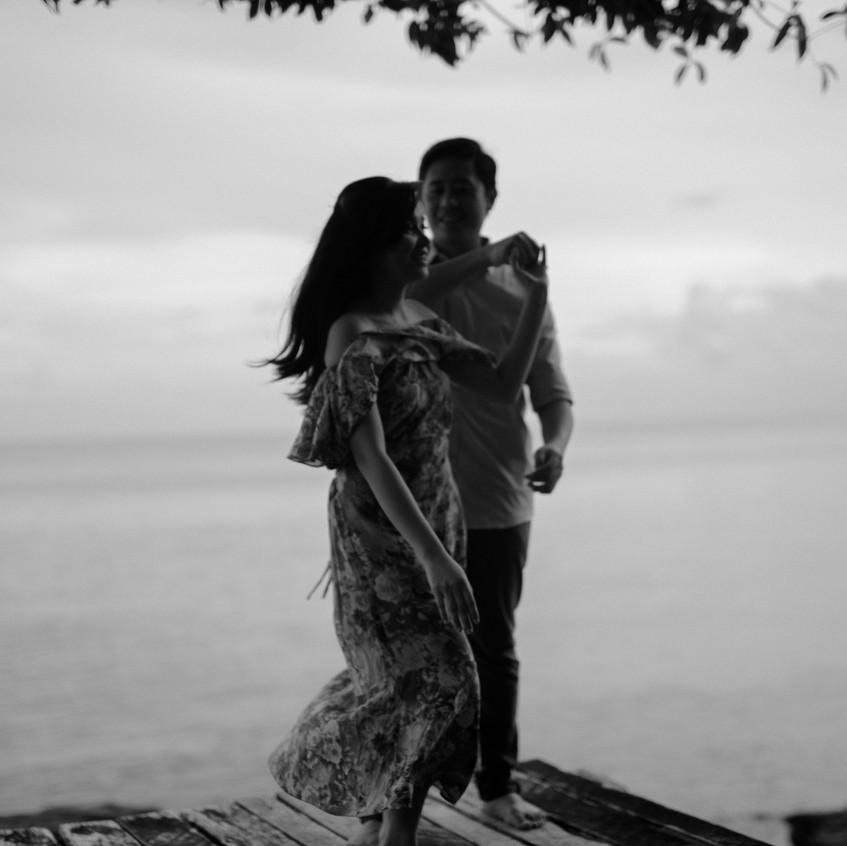 EmmanLyka-Engagement-Palawan-Dyancollophoto-40