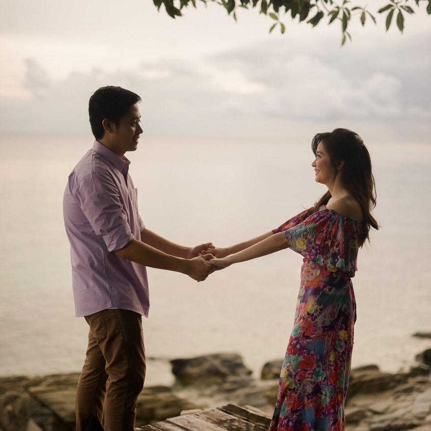 EmmanLyka-Engagement-Palawan-Dyancollophoto-42