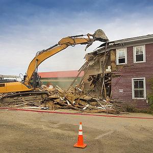 Tearing-Down-a-House-57ab349e3df78cf4598
