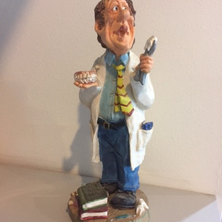Dentist Statue.jpg