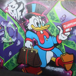 Scrooge Mc Duck Supreme money gun