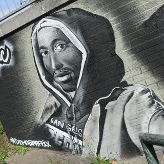 Tupac Memorial painted Mural Luton