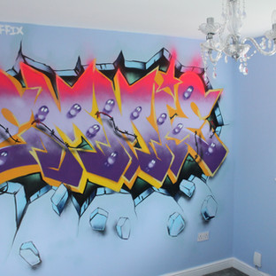 Childs Bedroom Decoration their name in Graffiti lettering as Interior Design