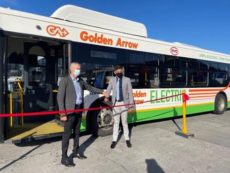 """Sudáfrica: BYD entra a la """"nación del arcoíris""""                       con los primeros buses"""