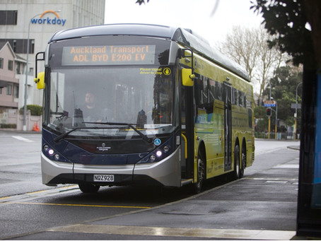 BYD entrega el primer bus eléctrico extragrande en Nueva Zelanda