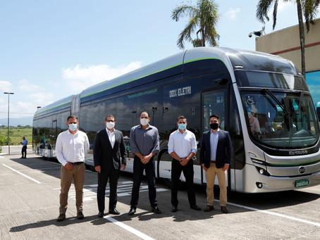 BYD presenta el primer bus eléctrico articulado                   hecho en Brasil