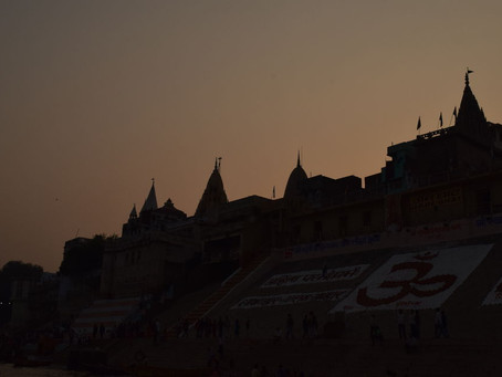 Experience the Diwali of Gods in the oldest living city of Varanasi !
