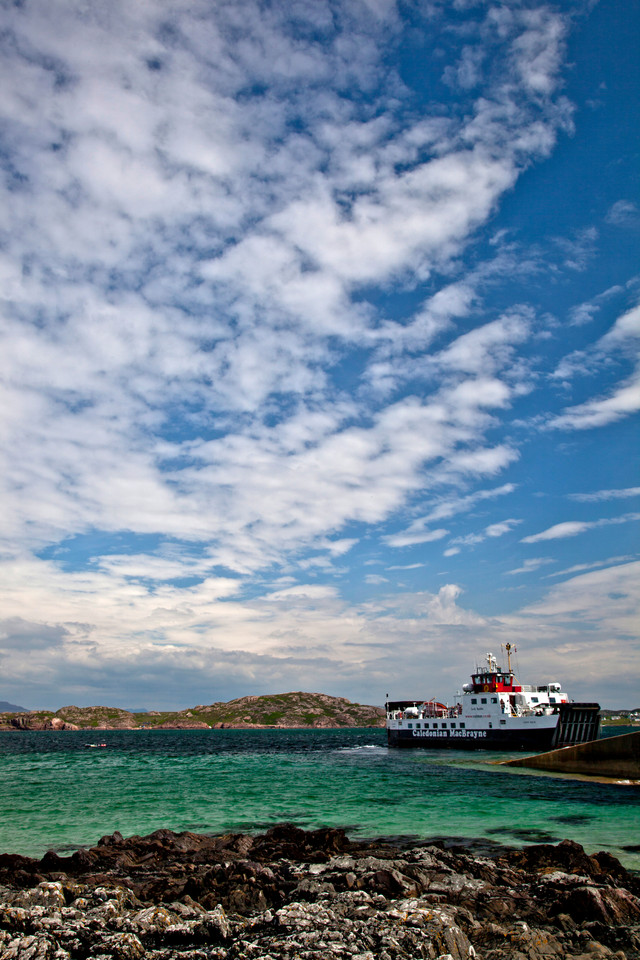 Iona Ferry2.jpg