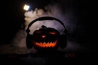 87971816-citrouille-d-halloween-sur-une-
