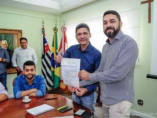 Câmara de São Vicente devolve R$ 3,5 milhões à Prefeitura