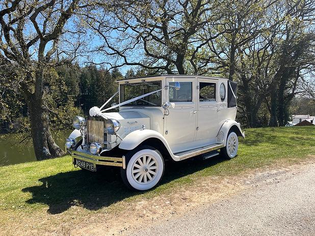 Imperial Wedding Car Hire Cardiff, Bridg