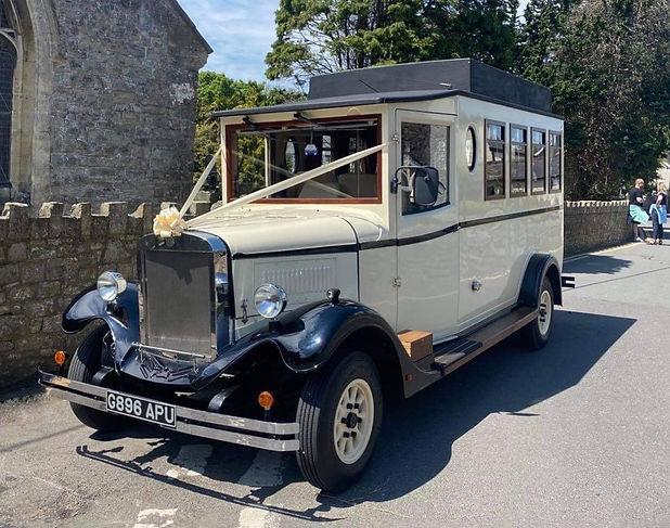 Vintage Wedding Bus Hire Cardiff, Newpor
