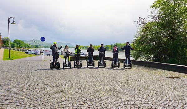 Segway-Tour-Bonn-Königswinter-Gruppe.jpg