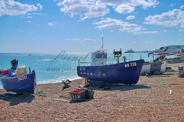 SP151D Eastbourne Fishing Boats on Beach