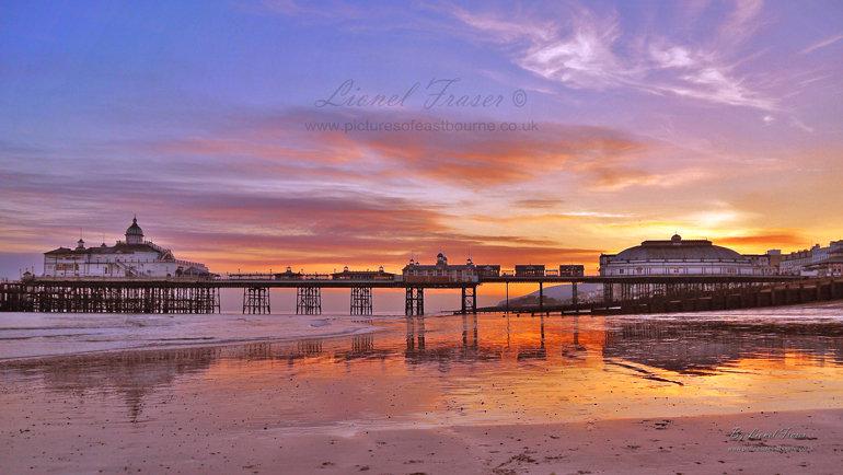 108A3  Eastbourne Pier Sunset