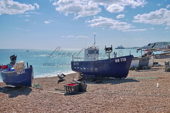 151D Eastbourne Fishing Boats on Beach