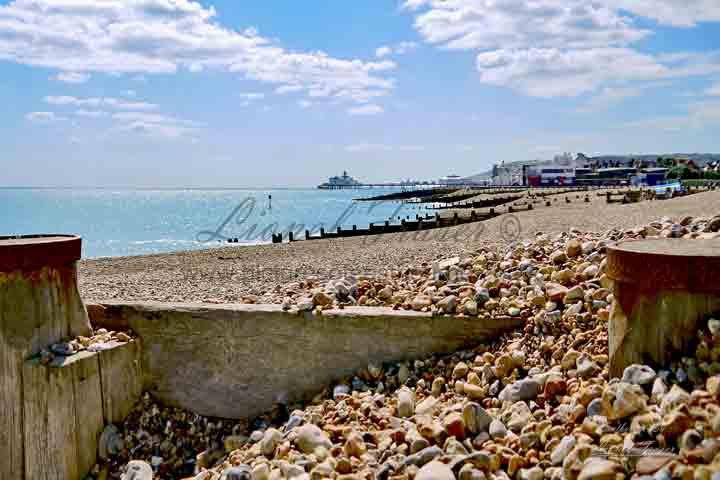 SP109B Eastbourne Beach Groynes & Pier