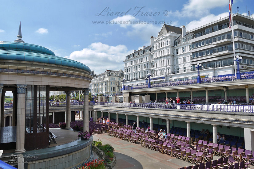 112E Eastbourne Bandstand and Cavendish Hotel