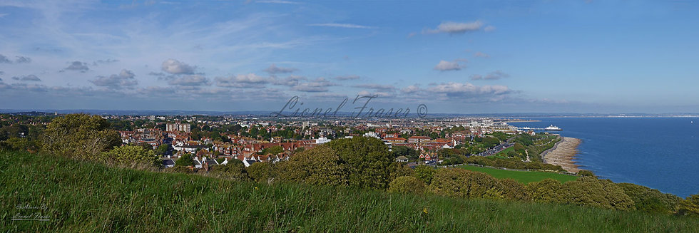 160B2 Panoramic view over Eastbourne, NO FLATS