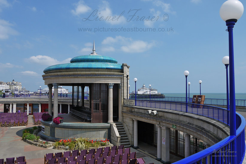 112C Eastbourne Bandstand and Pier