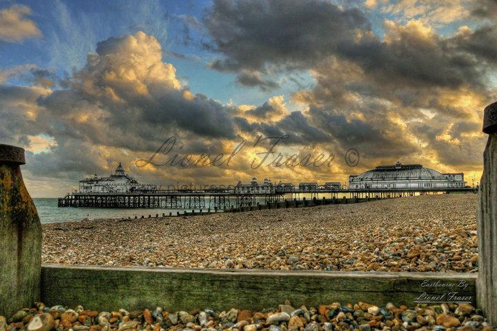 108B2 HDR Sunset Eastbourne Pier