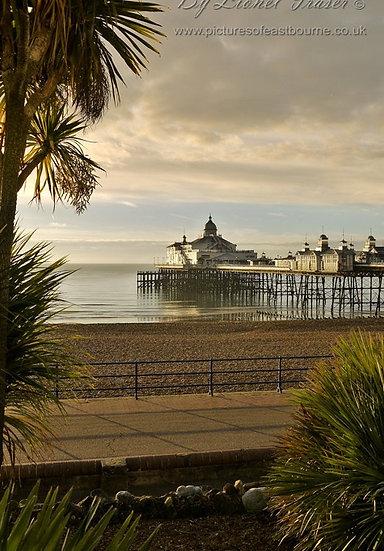 105B2 Sunrise Eastbourne Pier