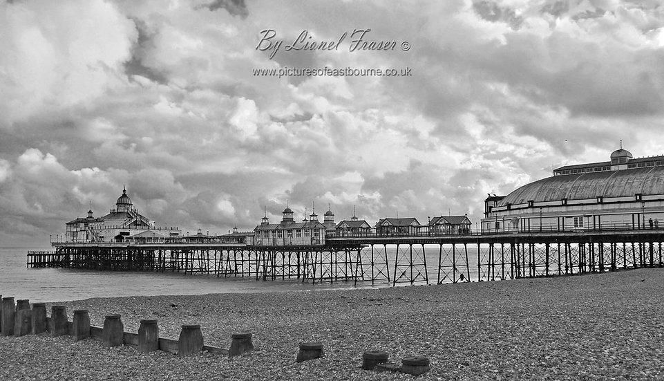 108B3BW Sunset Eastbourne Pier