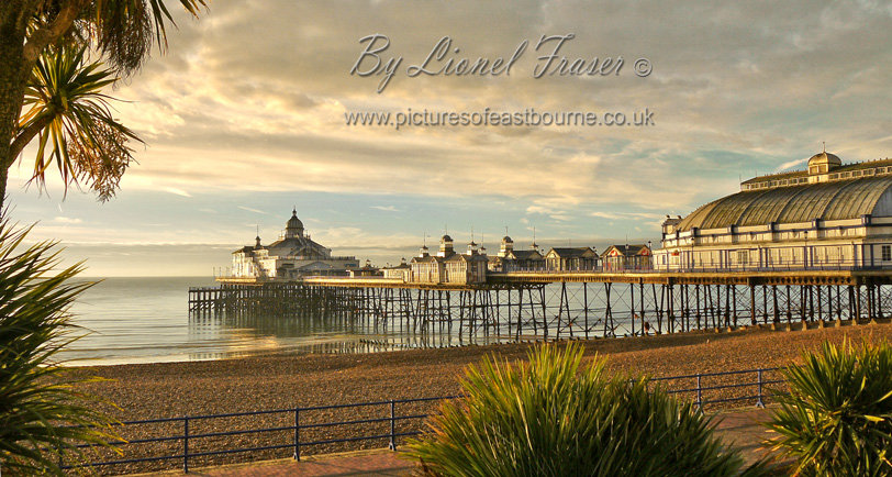 105B1 Panoramic Sunrise Eastbourne Pier