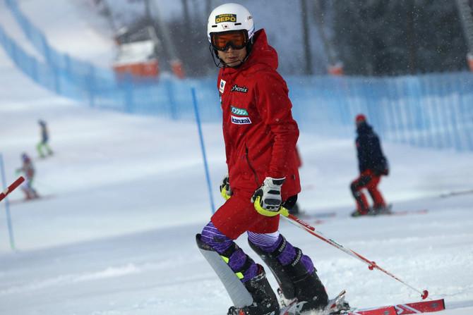 五輪切符をかけた熱い戦い。  年末は全日本スキー選手権大会に注目