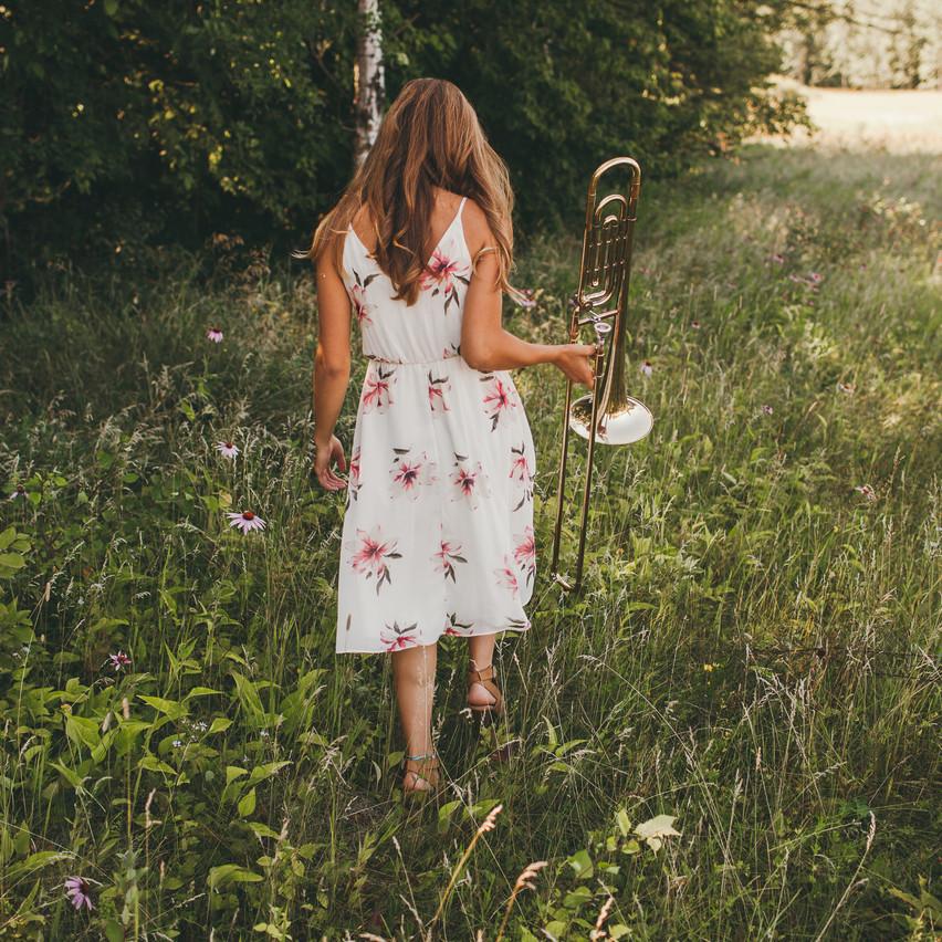 Natalie_Senior_Wildflowers (265 of 295)
