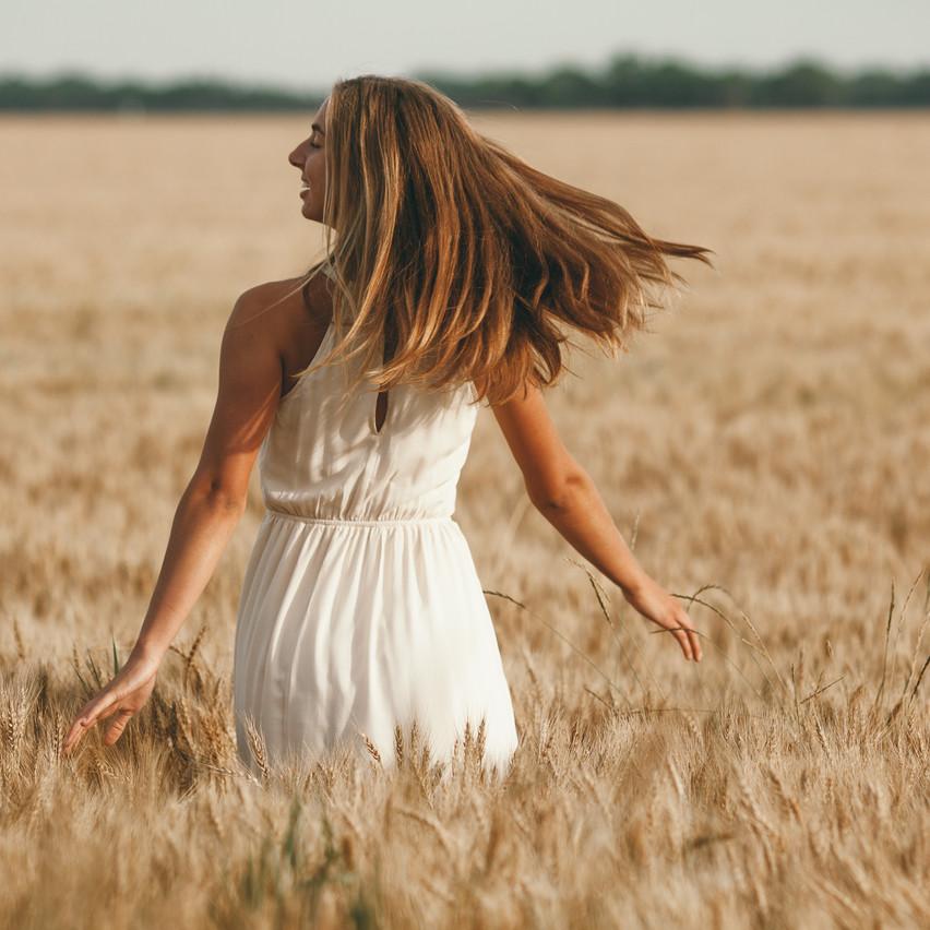 Natalie_Senior_Wheat-328