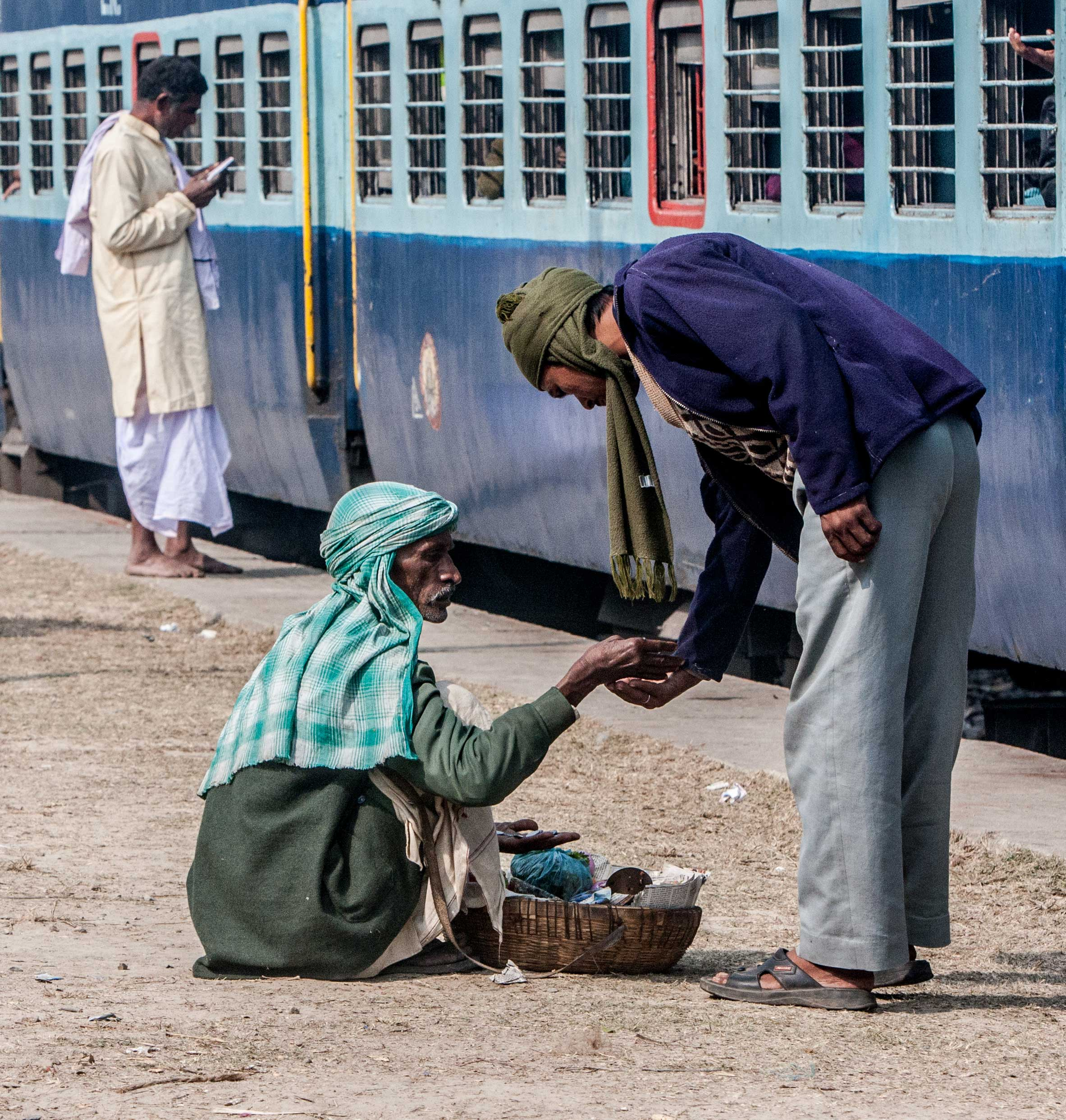 India--Trem-398rrr