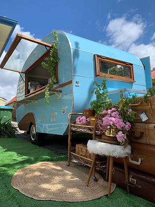 Little Happy Hut Mobile Caravan Bar Wedding